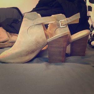 Strap on heels